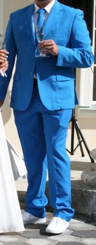 02d45038156 Müüa UUS meeste ülikond firmalt Oppo Suits. Värv: Blue Steel. Pintsaku  suurus: EU60, püksid EU58. Komplektis on kaasas ka lips. Hind: 65€/komplekt.